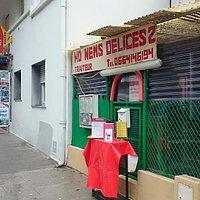 """NOTRE  TRAITEUR  VIETNAMIEN ,   ( UNIQUEMENT à EMPORTER + LIVRAISON GRATUITE à PARTIR DE 22 € ou 30 €  ou  35 €  ) :  HO NEMS DELICES ( CUISINE"""" FAIT MAISON """" ) 210 BOULEVARD DE LA MADELEINE 06000 NICE   TEL :  06 64 14 61 94  INTERNET:  www.borriglione.com/traiteur/ho-nems-delices.html  DANS L-ATTENTE DE VOS COMMANDES .  CORDIALEMENT. CHRISTIAN"""