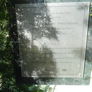 plaque to the right of monument