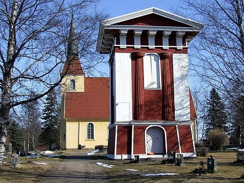Pyhän Olavin kirkko ja Kustaa III luonnostelema tapuli.