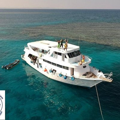 our beautiful daily boat :)  #boat #newsonbijou #Hurghada #Egypt #diving #scuba #tauchen #duiken #plongee #dive #potapljanje #ronjenje #redsea #scubadivinghurghada #divehurghada #divingegypt #divinghurghada