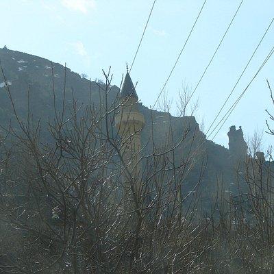 1 No lu Cami minaresi