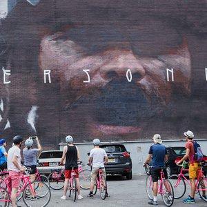 street art by bike