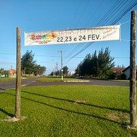 Procurando lugar familiar para curtir o Carnaval? Vem pra Praia do Barco, dias 22, 23 e 24 de fevereiro, traga seu bloco para avenida 🎭🎉