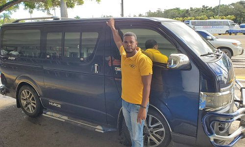 This is Michel and is well maintained taxi (gua-gua a.k.a Dominican term for 12-25 passenger vehicle)