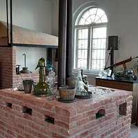 Das 'alte Labor' im Liebig-Museum, Beginn unseres Rundgangs, direkt hinter dem Portikus gelegen.