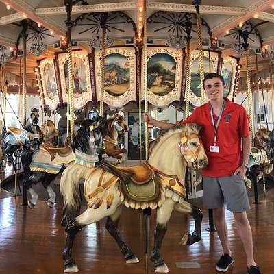 This operator was so knowledgeable about the historic carousel. He answered all questions, was interesting & I learned so much about not only the carved animals but the musical organ.