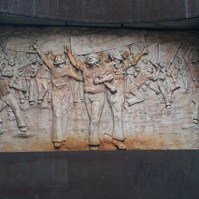 """Mural externo en memoria de """"El Cordobazo"""""""