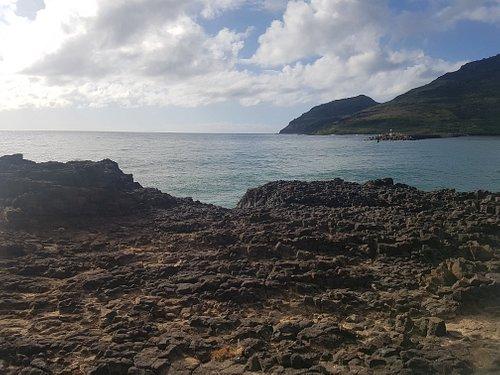 Kuki'i Point views