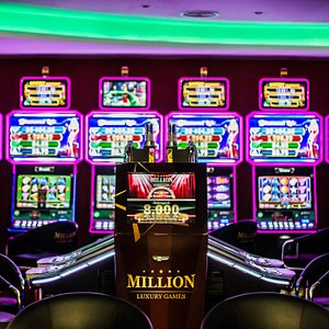 Million Luxury Games is one of the largest and most exclusive casinos in Iasi.Being located at the ground floor of the Iulius Mall, Million Luxury Games is a concept itself, created to provide a complete experience to its customers