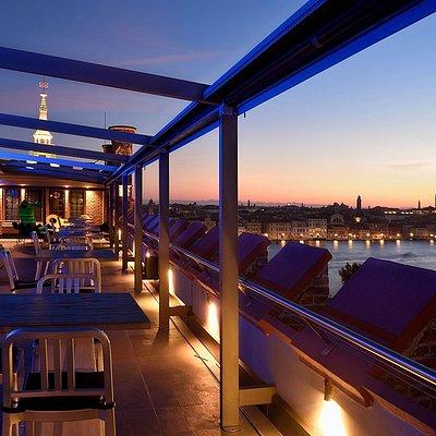 Skyline Rooftop Bar Venice view