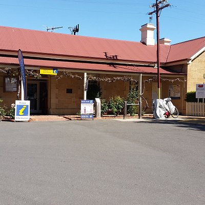 Street view of Strathalbyn Visitor Information Centre