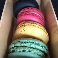 Macarons der Konditorei Senf in 8 verschiedenen Geschmacksrichtungen