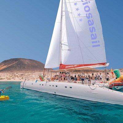 Catamarán in La Graciosa