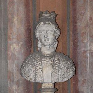 busto di nobildonna