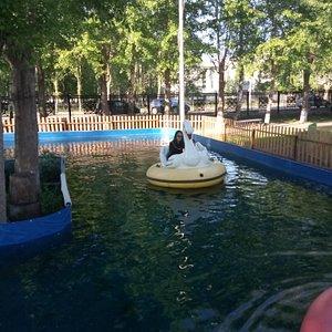 Любим плавать на лодочках