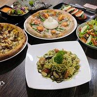Meal at Italiani's