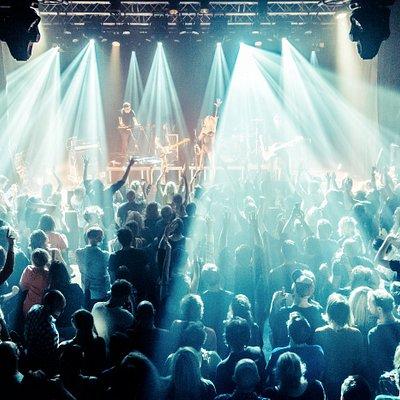 Our main stage. Artist: Vive La Fete / Photographer: Maan Limburg