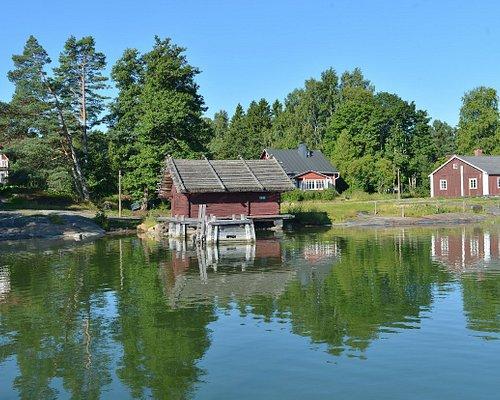 The Pentala Archipelago Museum is located on an old fisherman's estate on Pentala Island in Espoonlahti Bay.