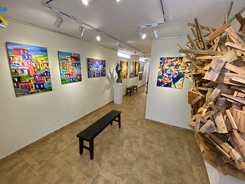 D'galería art gallery space