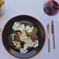 Sea bass fillet (Cauliflower, chickpeas, cilantro, curry sauce)