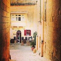 Don Mesquita, Mdina, Malta