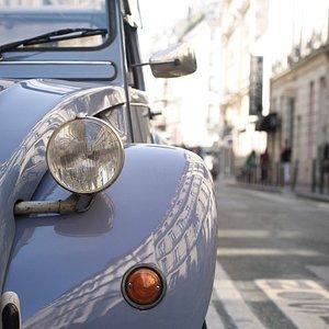 Discover Paris In 2CV