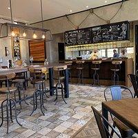 Essas fotos remetem a um lugar fantástico, que é o Restaurante Hussonet, que fica na Vinã Haras de Pirque, distante cerca de 50 km de Santiago do Chile. Vale o percurso, para apreciar a paisagem e saborear excelente comida.