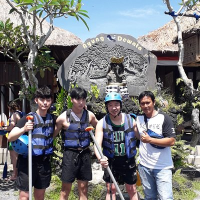 Amazing tour with my customer from korea We take rafting activity before explore ubud  🙏  more info: Kuyabalitour.com Wa: +6285205899739
