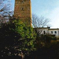 La Torre  vista dalla via principale di Soriasco