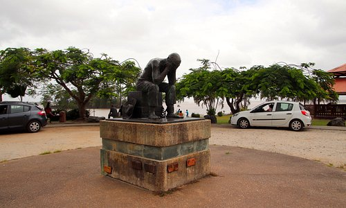 Statue at the parc
