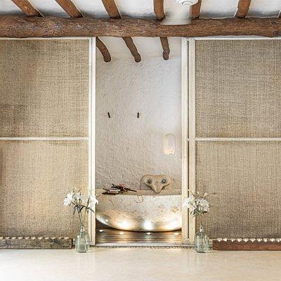 Spa, hot tub