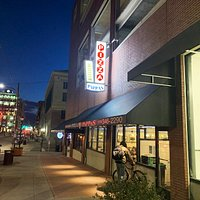 Exterior of Pizza by Pappas