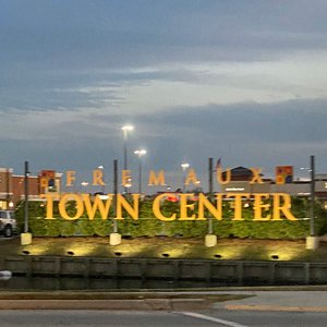 Fremaux Town Center    In Slidell or passing thru a great place for shop is Fremaux Town Center.