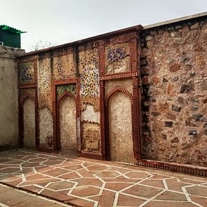 The wall mosque beside the tomb