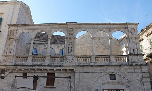Palazzo Sylos Calò