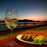 Enjoy the good seafood with great seaview