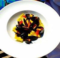 Ravioli,  cozze Bouchot  e Pomodorini