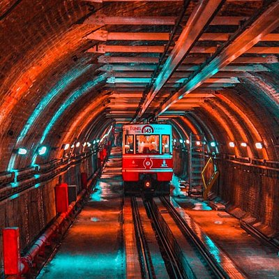 TUNNEL Istanbul has the third oldest subway in the world, built in 1875. It's 573 meters long and located in Tunel neighborhood at Beyoglu district. London subway was built in 1863 and New York subway in 1868. 📸: @oneistanbul >>> credit: IG bthnyuksell