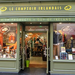 Le Comptoir Irlandais de Poitiers vous accueille au cœur de l'Irlande et des produits celtes à travers sa cave, sa collection textile, son épicerie et ses accessoires pour la maison !
