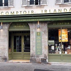 Le Comptoir Irlandais de Quimper vous accueille au cœur de l'Irlande et des produits celtes à travers sa cave, sa collection textile, son épicerie et ses accessoires pour la maison !