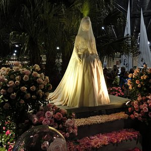 Replica of Princess Grace wedding gown, presented at Philadelphia Flower Show-2020 (she was often chosen as a judge at The Philadelphia Flower Show)