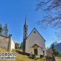 Agordino - Dolomini - Chiesa di San Simon di Vallada
