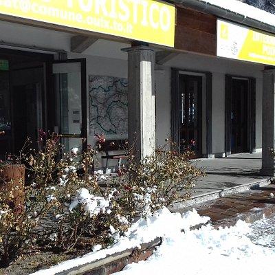 Ufficio del Turismo di Oulx in inverno