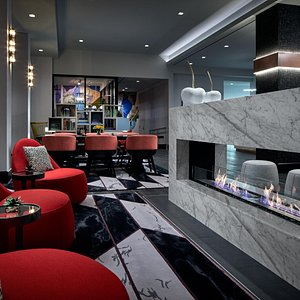 Lobby seating / fireplace