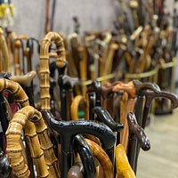 At Galerie Fayet you can also find contemporary walking sticks.