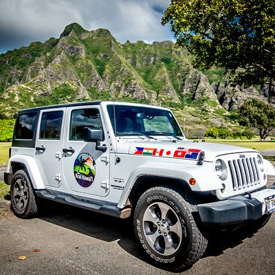 Enjoy the scenery on our private circle island Jeep tours!