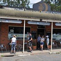 Tradycyjna piekarni i cukiernia w miejscowości Olinda - niecała godzina jazdy od Melbourne