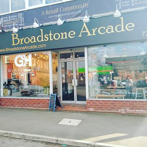 Broadstone Arcade