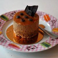 Coffee cake at Caramello