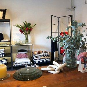 QOV concept store